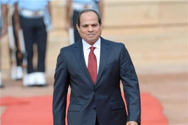 الرئيس عبد الفتاح السيسي يتقدم الجنازة العسكرية