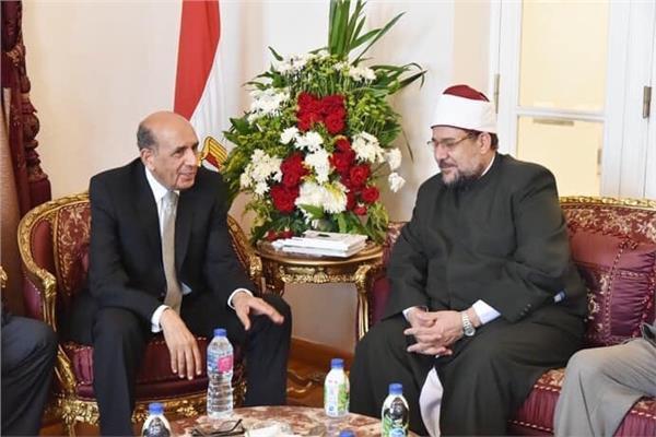 وزير الأوقاف يزور رئيس مجلس الدولة الجديد لتهنئته