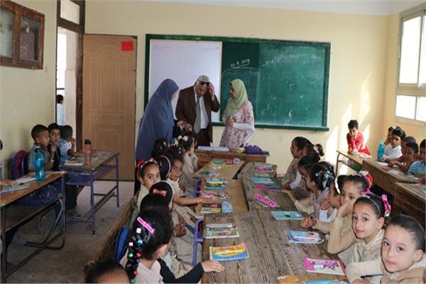 مليون و460 الف طالب وطالبة ينتظمون فى اكثر من 3900 مدرسة بالبحيرة