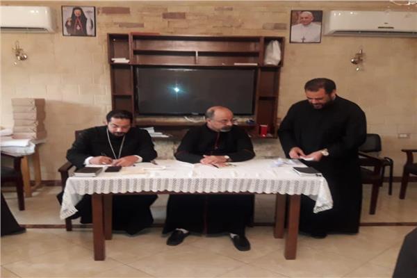 بطريرك الأقباط الكاثوليك يجتمع بمجمع كهنة القاهرة والدلتا