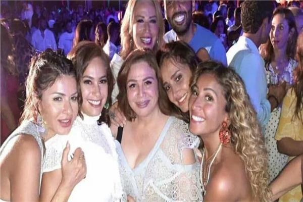 نجوم الفن في حفل عمرو دياب