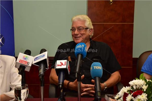 الفنان محمود قابيل