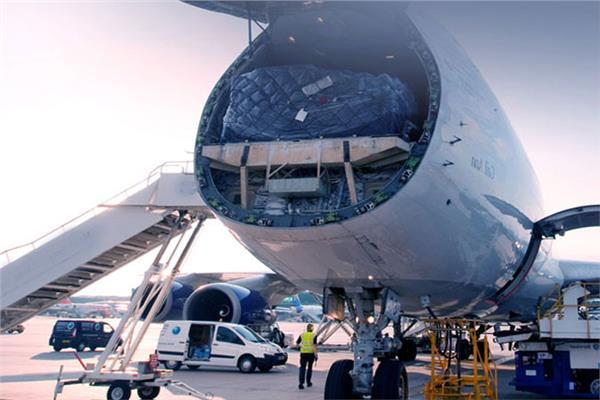 «الاياتا»: الحرب بين أمريكا والصين تؤثر على حركة النقل الجوي