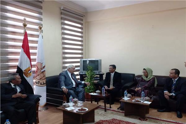 «رابطة الجامعات الإسلامية» تستقبل وفدا من إندونيسيا