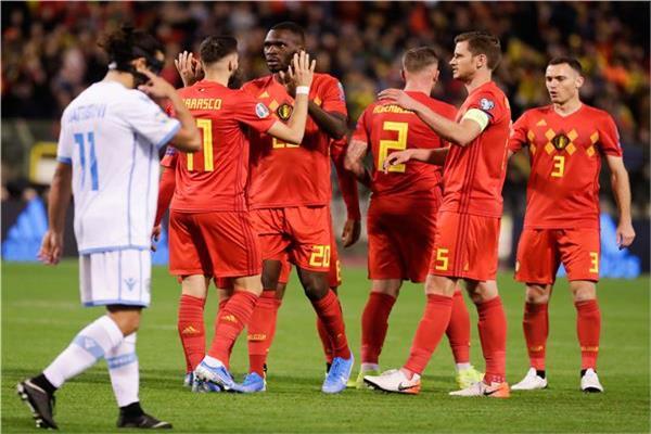 فرحة لاعبي بلجيكا بالفوز