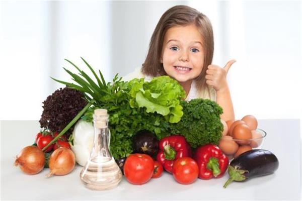 «بدل الشيبسي» .. 8 أكلات صحية للأطفال