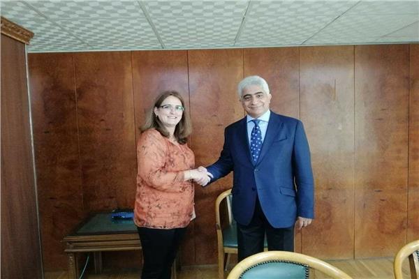 بحث دعم التعاون وتنشيط الاستثمارات مع كوبا