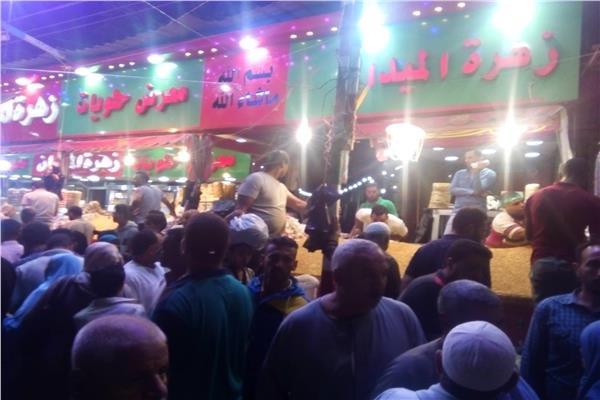 الحلوى تغزو الأسواق بمحيط مسجد السيد البدوي