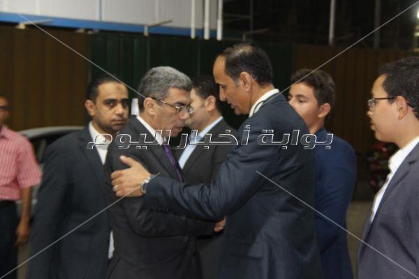 الكاتب الصحفي محمد البهنساوي يتلقى واجب العزاء