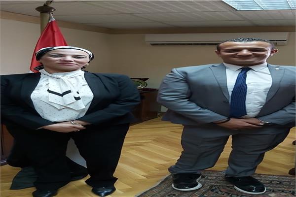 د ياسمين فؤاد تستقبل المغامر مازن حمزة متسلق الجبال