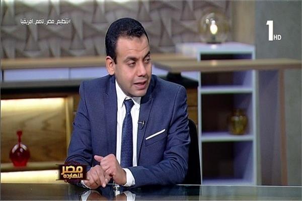 الدكتور كريم العمدة الباحث فى شئون الاقتصاد