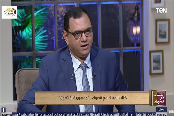الشاعر الدكتور مصطفى رجب