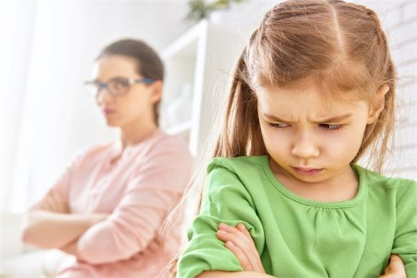 طرق عقاب طفلك حسب الفئة العمرية