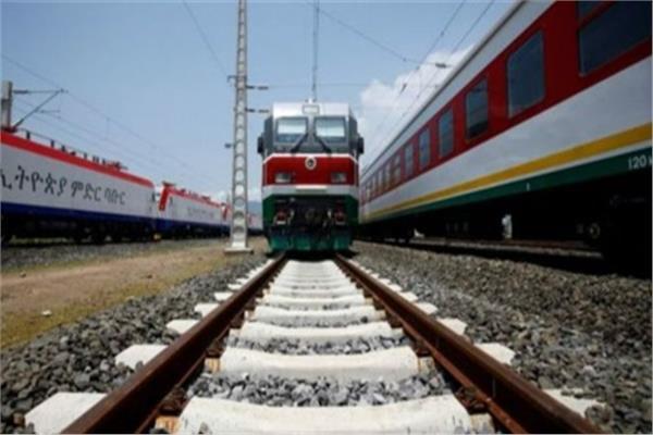كينيا تدشن المرحلة الثانية من مشروع سكك حديد بأكثر من مليار دولار