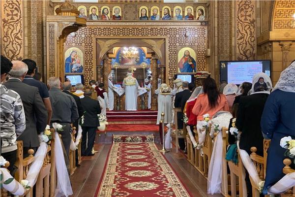 البابا تواضروس يصلي القداس في مارسيلي