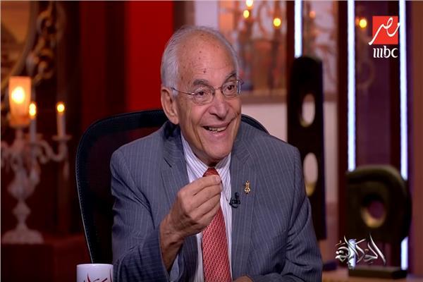 الدكتور فاروق الباز العالم المصري