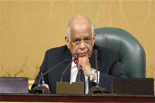 الدكتور علي عبد العال