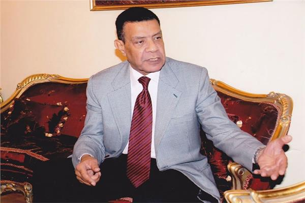 اللواء محمود خلف
