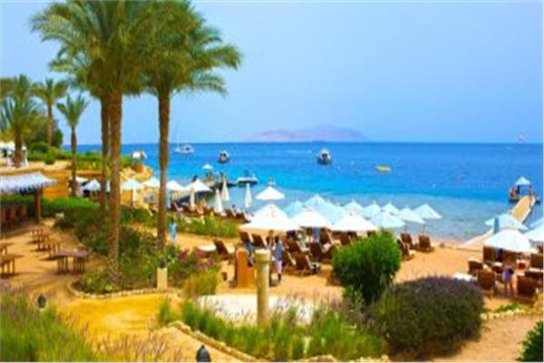 السياحة ترحب بقرار بريطانيا برفع قيود الرحلات الجوية على مطار شرم الشيخ