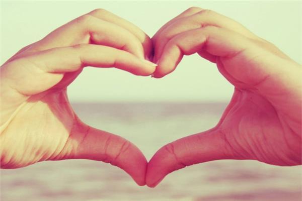 أخبار التريند| هاشتاج «اليوم العالمي لكلمة أحبك» يتصدر تويتر