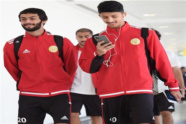 لاعبي الجزيرة الإماراتي