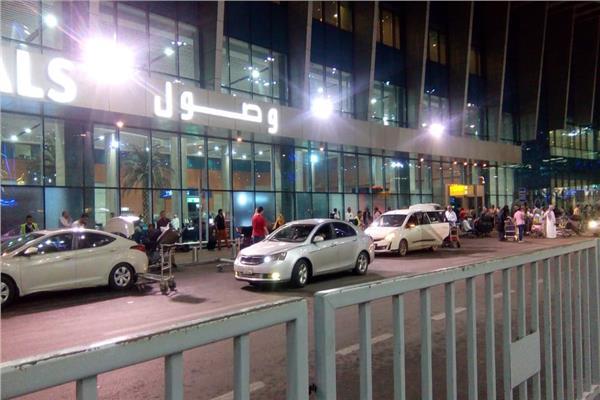 عاجل| غلق صالة 2 بمبنى الركاب رقم 1 في مطار القاهرة