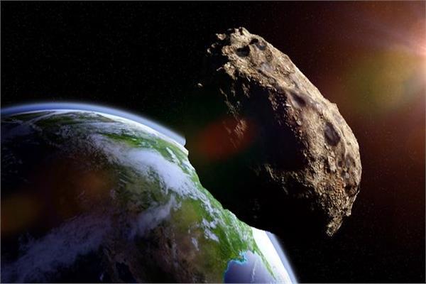 كويكب ضعف حجم «برج إيفل» يتحرك اتجاه الأرض