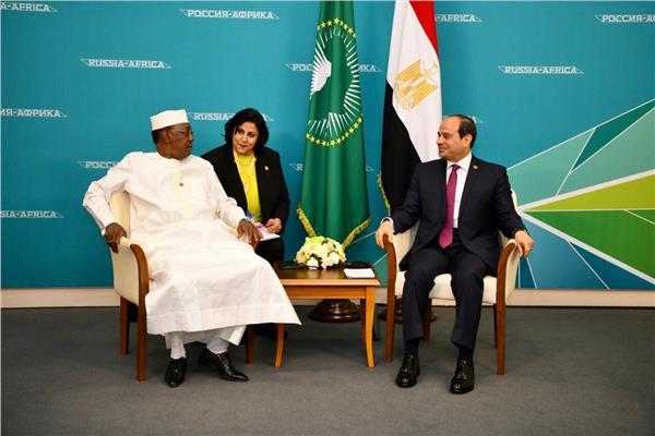 الرئيس عبد الفتاح السيسي مع الرئيس التشادي إدريس ديبي
