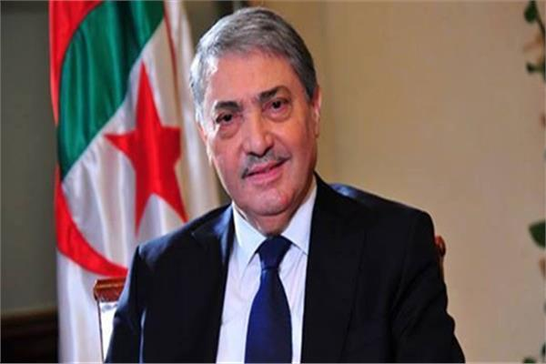 علي بن فليس رئيس حزب طلائع الحريات الجزائري