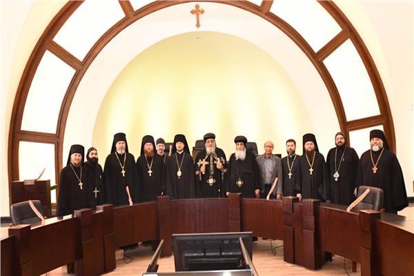 البابا تواضروس يستقبل وفد رؤساء أديرة روسيا
