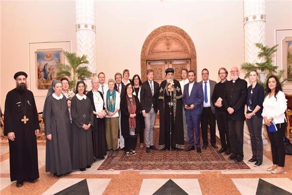 البابا تواضروس يستقبل وفد من الكنيسة الإنجيلية الألمانية