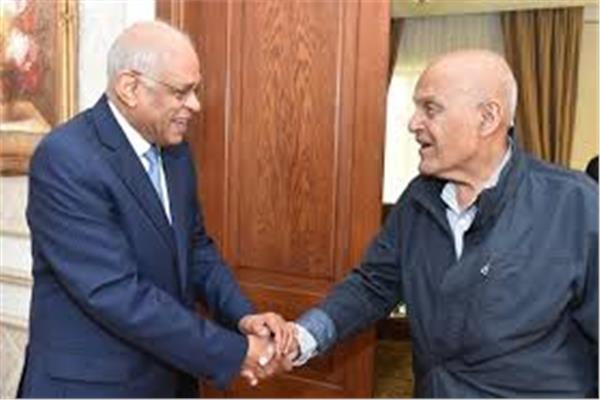 الدكتور علي عبدالعال رئيس مجلس النواب و الجراح المصري العالمي الدكتور مجدى يعقوب