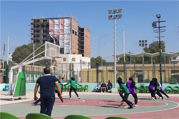 مباراة كرة السلة بين طلاب الجامعتين
