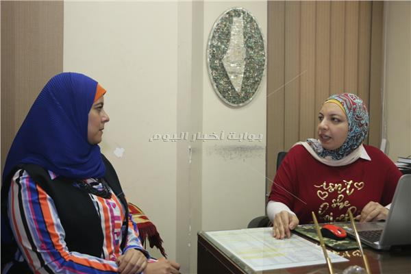الباحثة هبة صلاح مع محررة بوابة أخبار اليوم