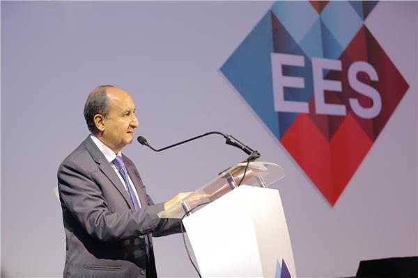 المهندس عمرو نصار وزير التجارة الصناعة