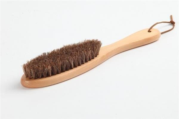 الفرشاة المصنوعة من شعر الحيوانات