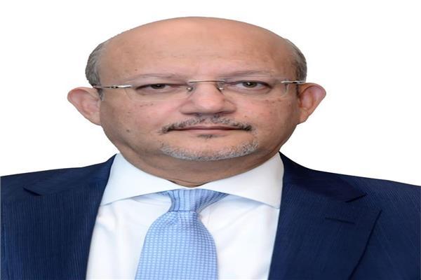 حسين رفاعى رئيس مجلس الإدارة والعضو المنتدب لبنك قناة السويس