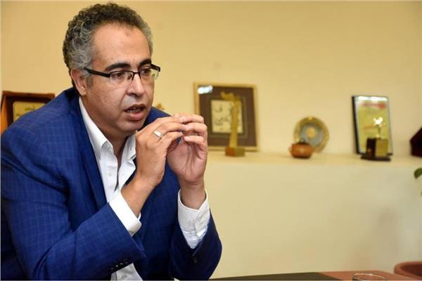 رئيس البيت الفني للمسرح إسماعيل مختار