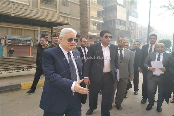 لحظه وصول مرتضي منصور  لينضم إلى هيئة دفاع شهيد الشهامة