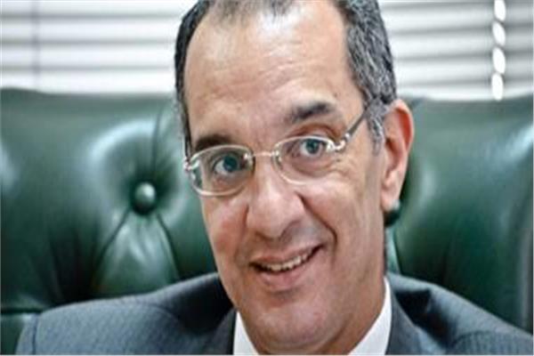 وزير الاتصالات و تكنولوجيا المعلومات