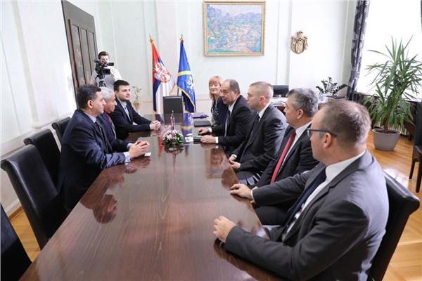 محافظ أسوان يزور صربيا