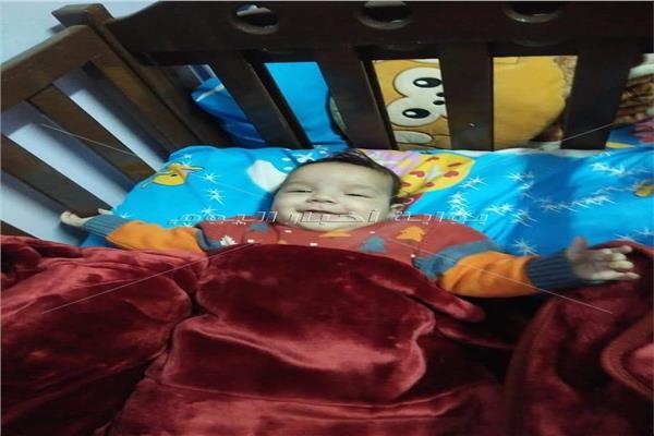 أول صورة لطفلي «مطرب الغربية» بعد إيداعهما «دار رعاية»