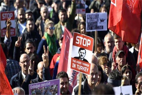 استمرار الاحتجاجات المنددة بقمع الحريات في تركيا