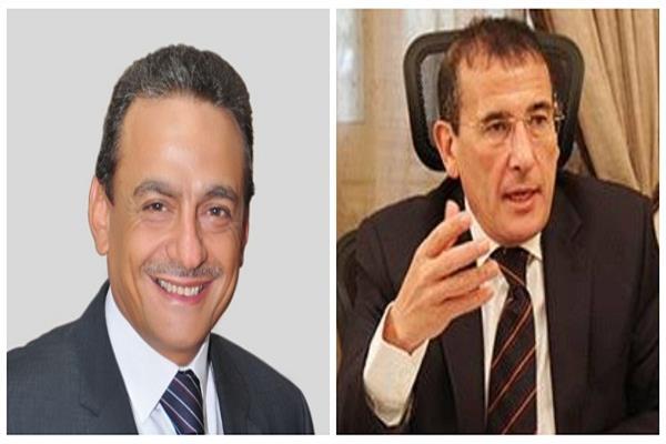 حسام الشاعر رئيس غرفة شركات السياحة و نادر عياد رئيس لجنة الطيران بالغرفة