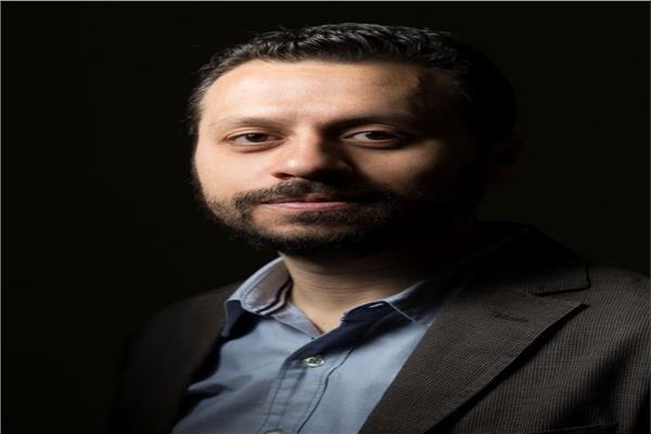 الناقد الفني أحمد شوقي