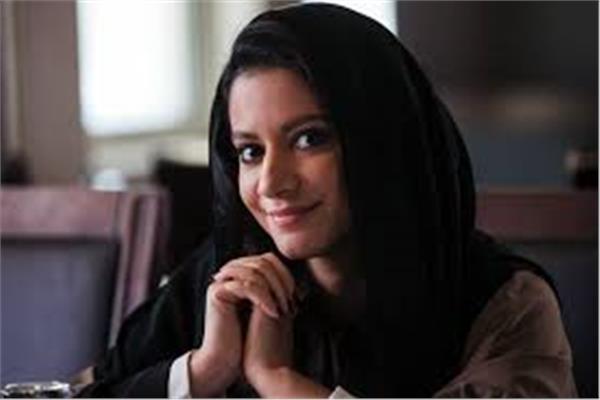 الفنانة الإماراتية فاطمة الطائي