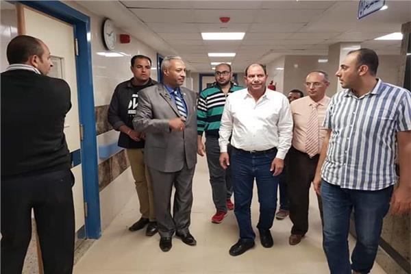وكيل وزارة الصحة بالقليوبية يتفقد بدء توريد التجهيزات لمستشفى قها المركزي