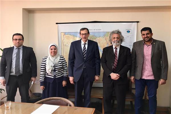 جانب من لقاء مجلس نقابة الأطباء مع مساعد وزير الخارجية