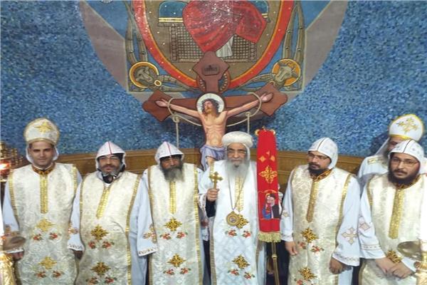 سيامة خمسة كهنة بالفيوم