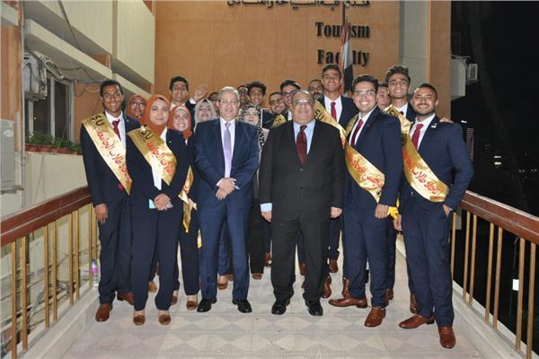 انطلاق فعاليات حفل تنصيب طلاب جامعة حلوان